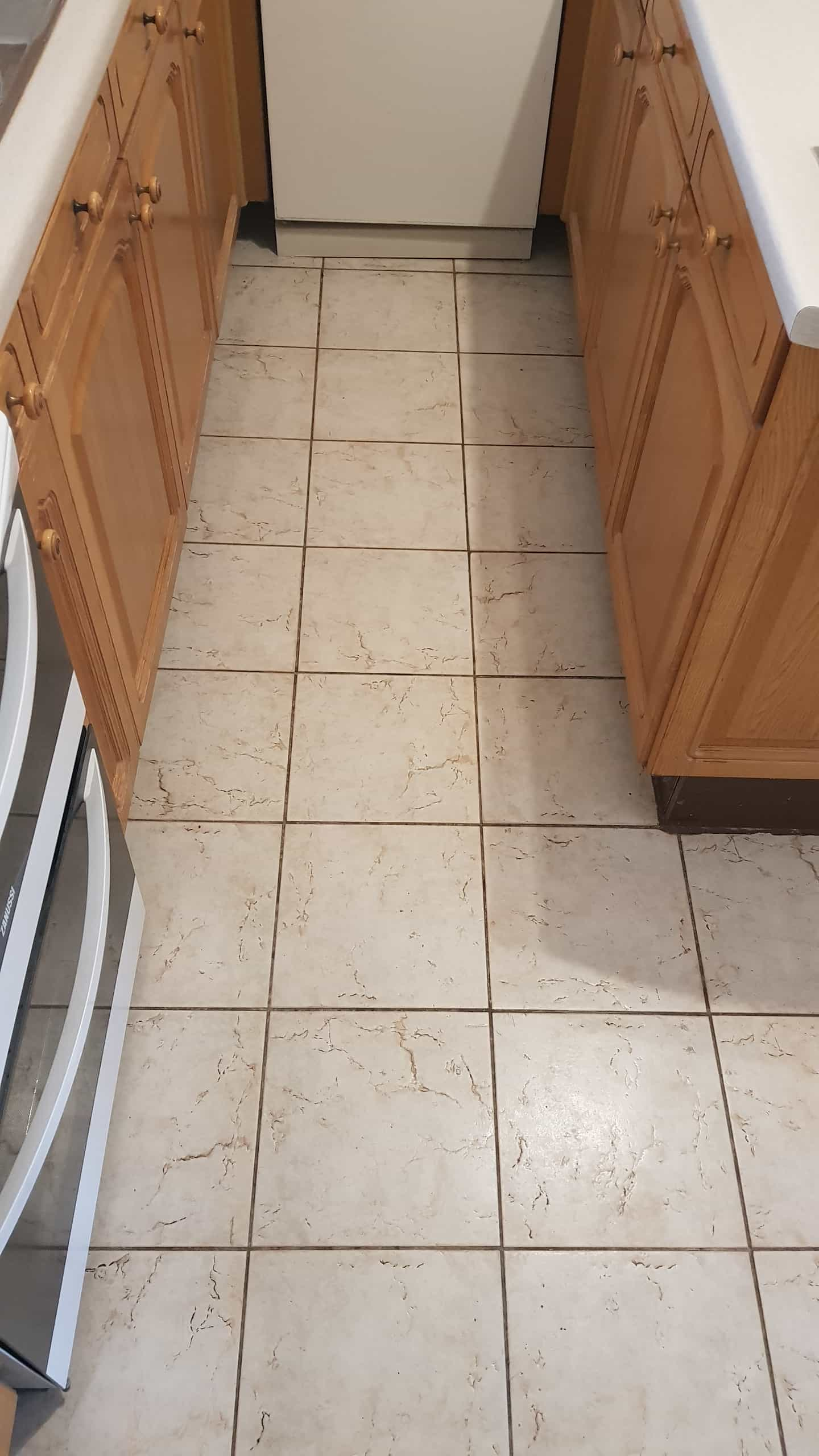 Textured Ceramic Tile Barnsley Before Cleaning