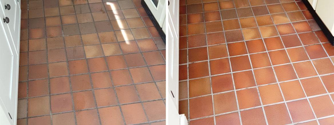 Quarry-Tiled-Kitchen-Floor-Before-After-Cleaning